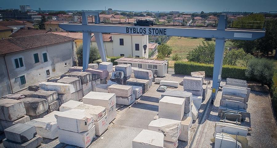 Nazzano warehouse - Company